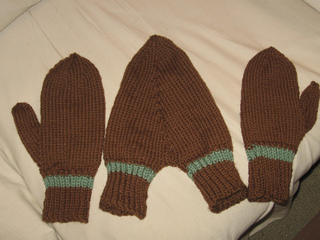 Ravelry: Holding Hands Mittens pattern by Lion Brand Yarn