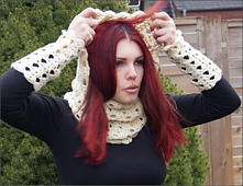 Cowl-weiss-nadine-c_small_best_fit