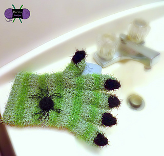 Wicked_scrubby_mitt_square_small2