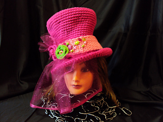 Halloween_top_hat_view_1_with_brittney_small2