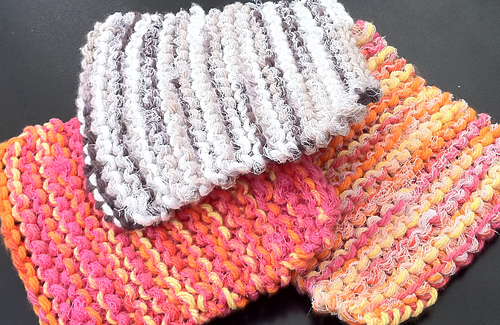Ravelry: Super Simple Dish Scrubbie pattern by Julie Anderson