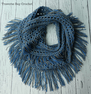 Ravelry Laura Fringe Infinity Scarf Pattern By Laura Wilson