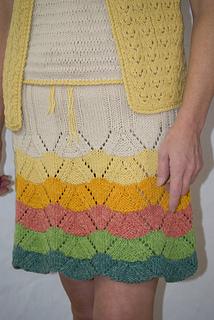 Around_and_around_skirt_small2