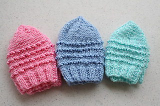 b1ac77a6148 patterns   Wishing I Was Knitting at the Lake.   Just My Size Baby Jiffy  Preemie Hats