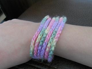 Pastel_chain_cuff_small2