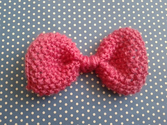 Seed_stitch_bow_small