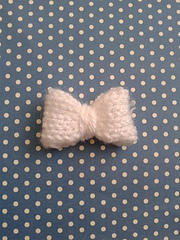 Mini_knitted_bow_small