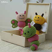 Amigurumi_rattle_bugs_small_best_fit