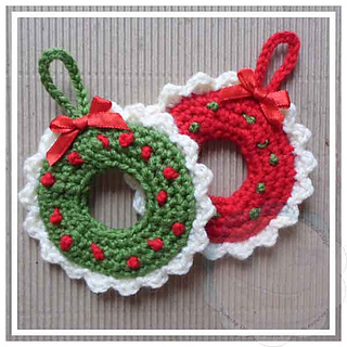 Ravelry Christmas Wreath Ornament Pattern By Joanita Theron