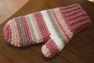 Photography_mittens_1_small2