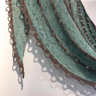 Nurturing_fibres_abalone_shawl_small2