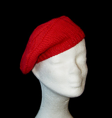 Pentagram_tam_ribbed_red_small_front_small