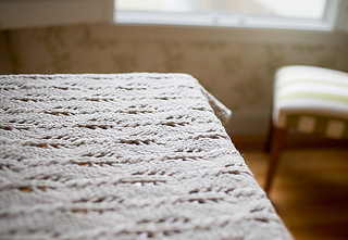 Lace-blanket-1_small2