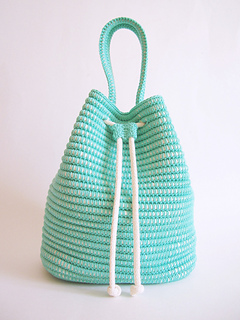 Ravelry: Drawstring bag pattern by Maria Isabel