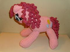Pinkie_pie_full_body_pic_small