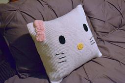 Hello_kitty_pillowcase_dsc_0869_small_best_fit