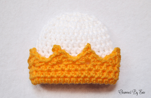 Preemie_crown_hat_medium