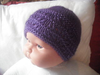 Ravelry: ChevGirl's Feather & Fan Hat