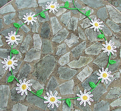 Daisy_chains_1_small