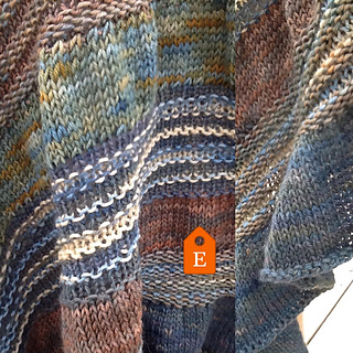 ColorPurl's ColorPurl Natural Gathered Triangle Two