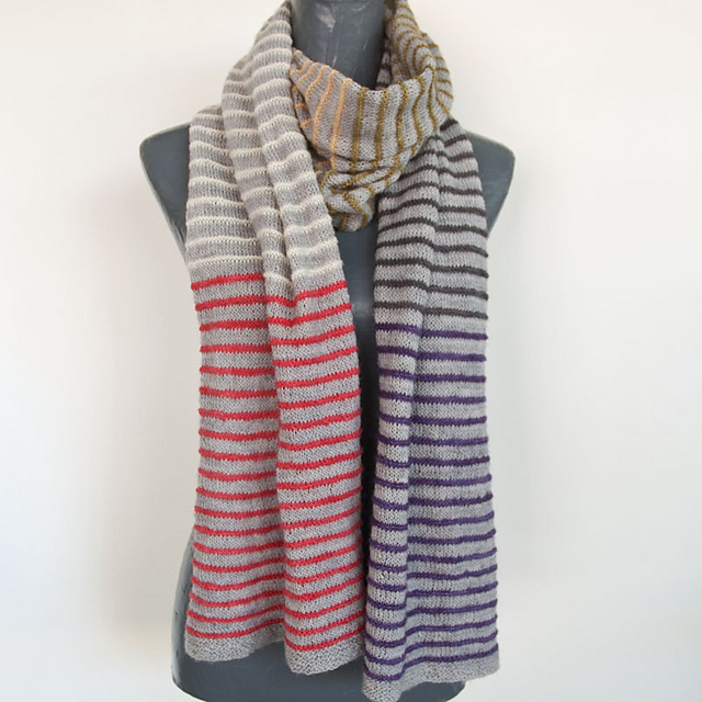 Ravelry: Pin Stripe Scarf pattern by cowgirlblues