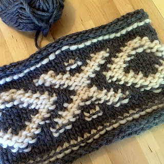 Ravelry chunky knit aztec cowl pattern by andrea rothwell dt1010fo