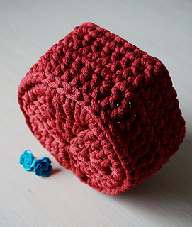 & Ravelry: Easy hexagon cord basket pattern by ZZZ-Time Stitches