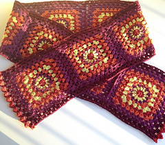 Finished_sammhain_scarf_1_small
