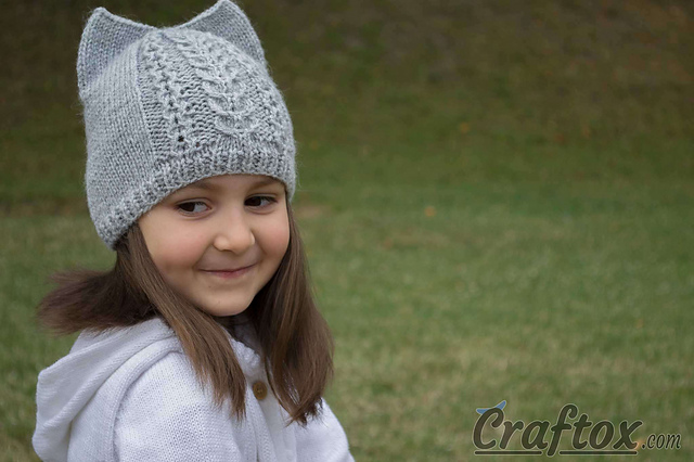 cdf37ed98bd Ravelry  Knit cat ear hat pattern by Olivia Craftox