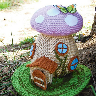 Ravelry: Spring Fairy House pattern by Allison Hoffman
