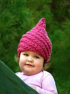 Baby_munchkin_hat_raspberry__3__small2