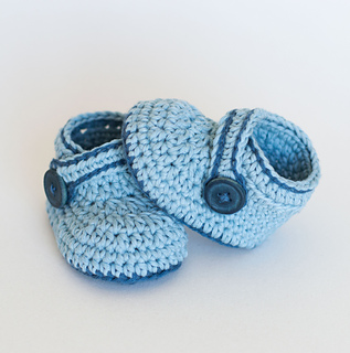 00f38f331bda1 Ravelry: Crochet Baby Booties - Blue Whale pattern by Croby Patterns