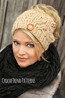 0940b4c2ecb Ravelry  Hugs and Diamonds Hat pattern by Viktoria Gogolak