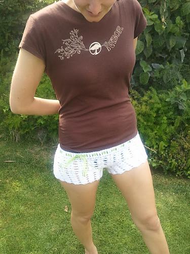 Ravelry Chiq Shell Shorts Pattern By Mary Kathryn