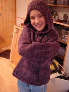 Ciara_hoodie_3_small2