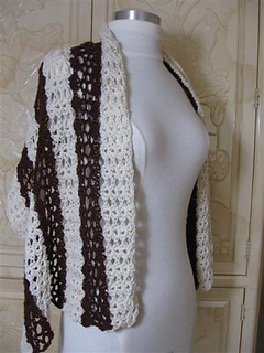 Chocolate_and_vanilla_shawl__side_view__small__small2