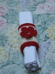 Flower_napkin_ring_with_napkin_small