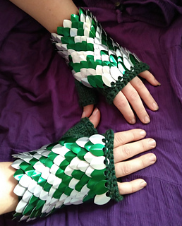 ravelry scale mail gauntlets pattern by crysta mckenney