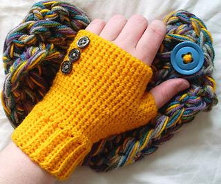Yellow_wearing_small2