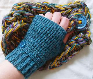 Ravelry Seamless Fingerless Gloves Pattern By Neschof