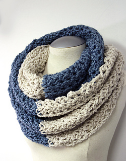 Crochet_neck_warmer_pattern_1_small2