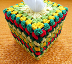 Grannys_tissue_box_cover_corner-top_small