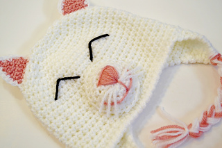 Happy_kitty_hat_crochet_pattern_small2
