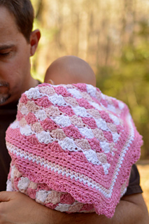 Shells-of-love-crochet-pattern-baby-blanket-with-father-web_small2