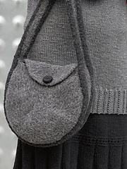 Strapped-anound_purse_small