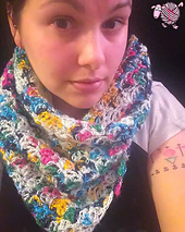 Lazy_shell_scarf_shawl_small_best_fit
