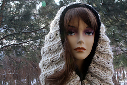 Snug_in_a_bug_cowl2_small_best_fit