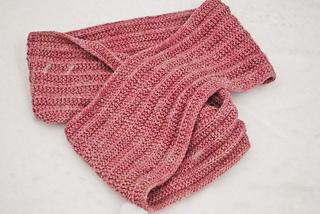 Knitting-is-my-yoga-cowl-detail_small2