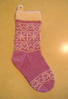 Ilena_stocking_finished_small2