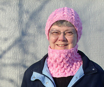 Strawberry_fluff_hat___cowl_1000_small_best_fit